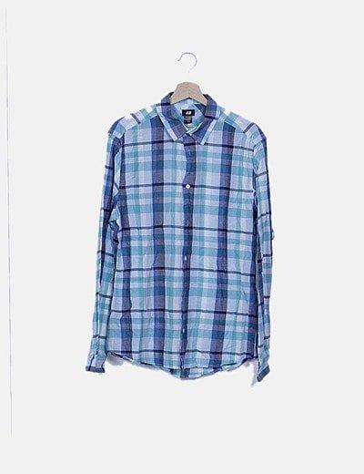 Camisa fluida azul de cuadros