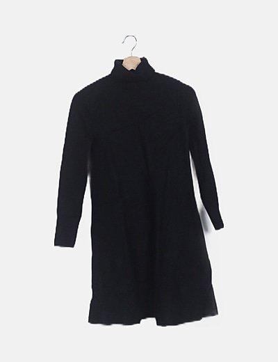 Vestido tricot negro cuello vuelto