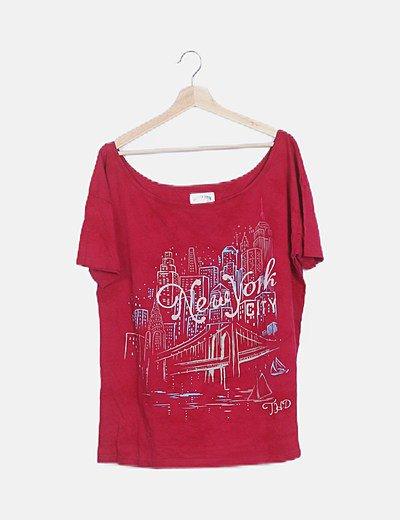 Camiseta rosa fucsia estampada