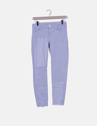 Pantalón pitillo azul cielo