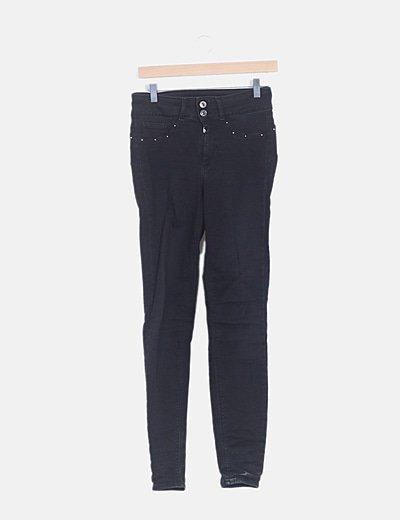 Jeans negro tachas