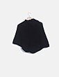 Poncho negro punto botones LA Knit