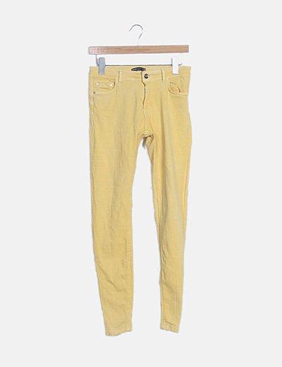Jeans denim amarillo pitillo
