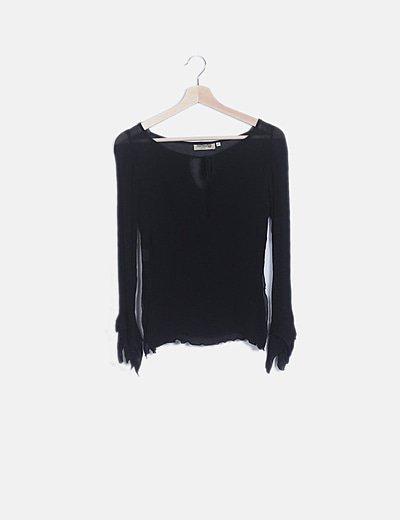 Blusa semitransparente negro