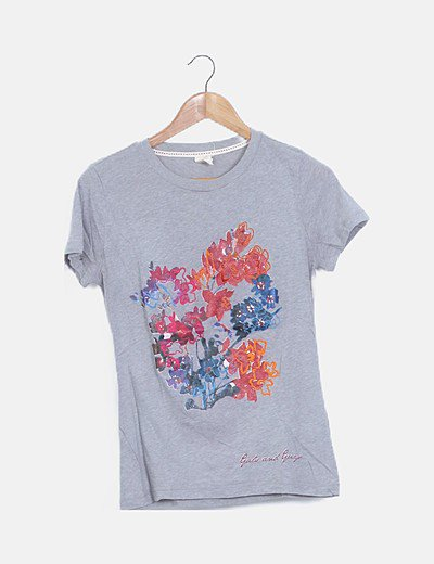 Camiseta gris manga corta flor bordada