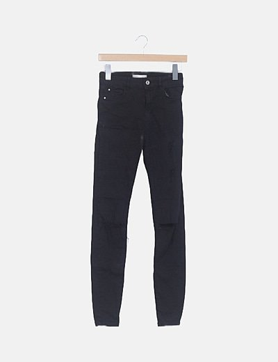 Jeans denim negros ripped pitillo