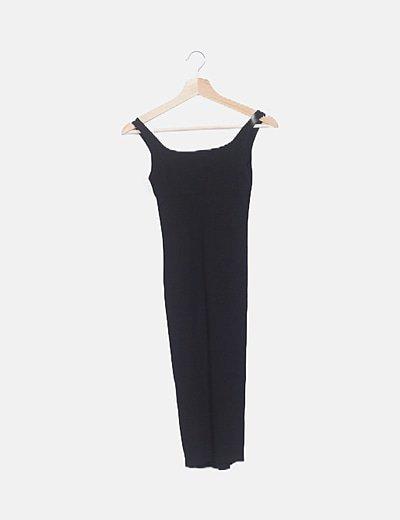 Vestido midi negro tirantes