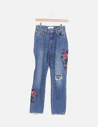 Jeans denim azul flor bordada ripped