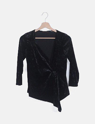 Camiseta negra velvet