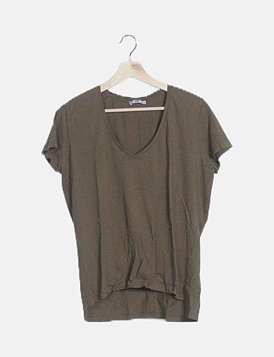 Camiseta básica verde caqui