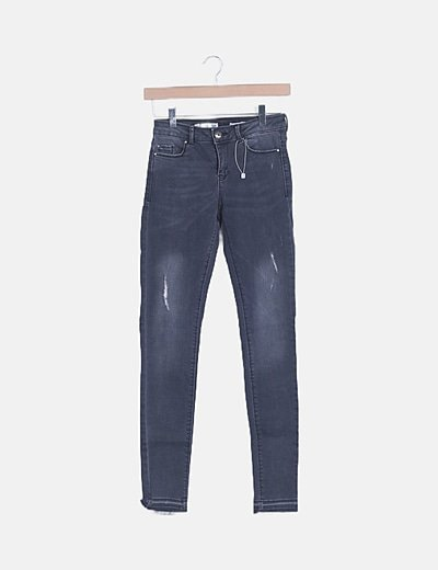 Pantalón super skinny gris marengo
