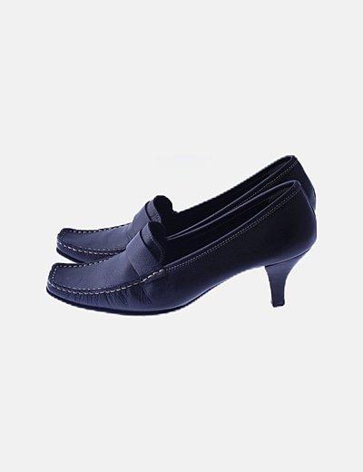 Zapato puntera cuadrada