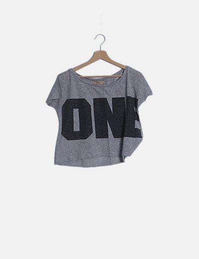 Camiseta manga corta gris con glitter