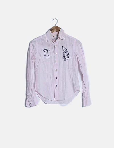 Camisa rosa palo detalles escote
