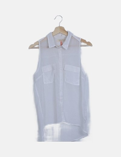 Blusa blanca camisera semitransparente