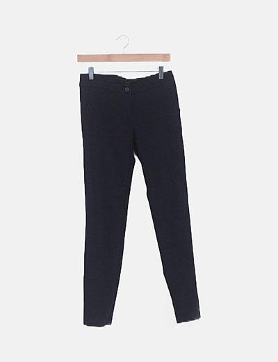 Pantalón de vestir negro detalle bolsillos
