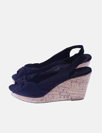 Sandalias cuña peep toe negras