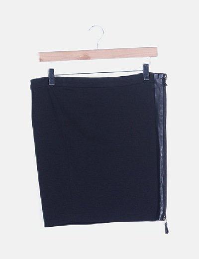 Mini falda negra detalle polipiel