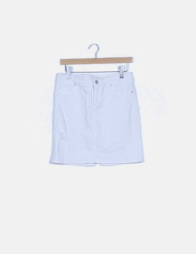 Falda blanca detalle bordado
