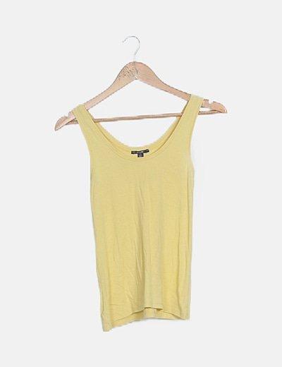 Camiseta amarilla tirantes