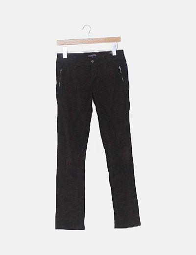 Pantalón micropana recto marrón