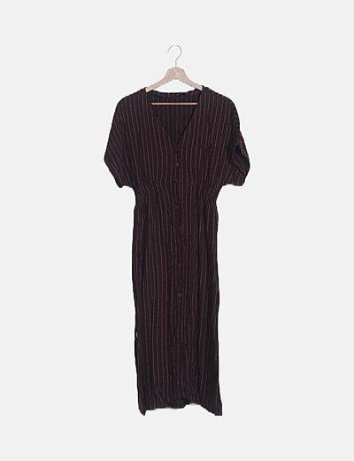 Vestido berenjena abotonado