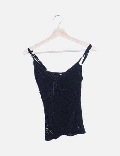 Crop top crochet negro