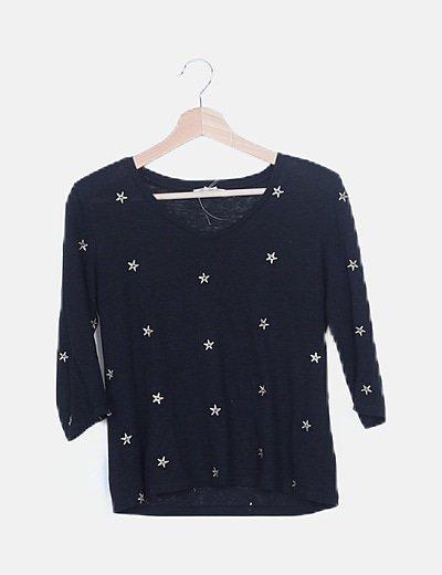 Camiseta negra bordado estrellas