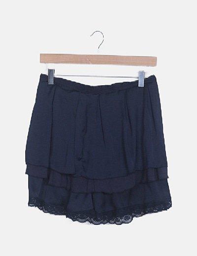 Falda azul satinada