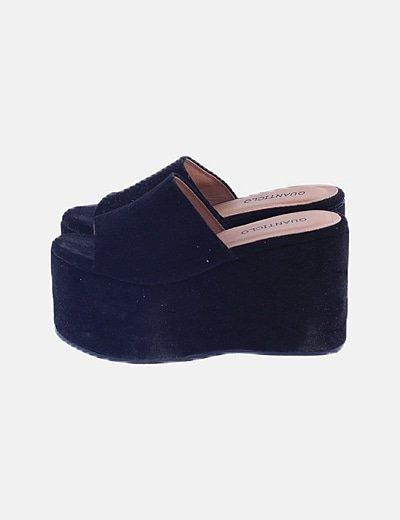 Sandalias negras antelina plataforma