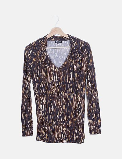 Camiseta marrón animal print