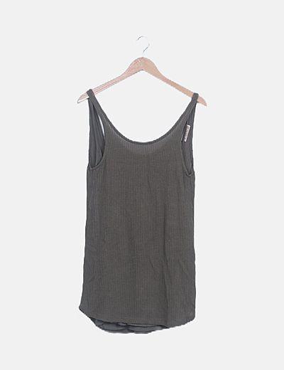 Blusa larga verde khaki combinada