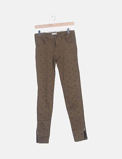 Pantalón pitillo khaki con strass