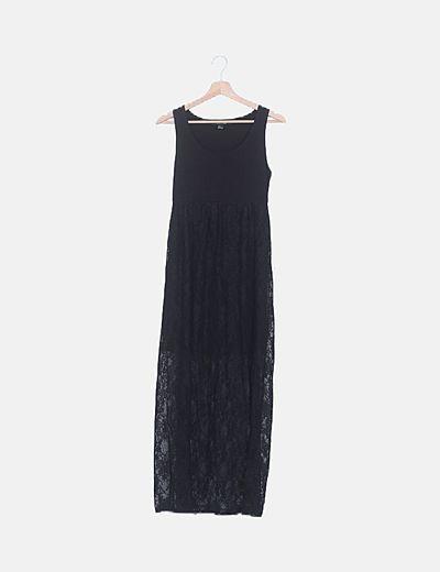 Vestido negro largo de encaje