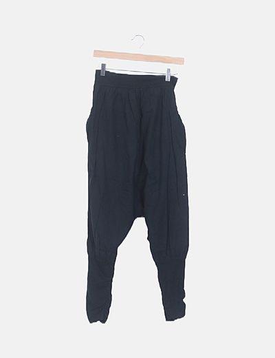 Pantalón harem negro