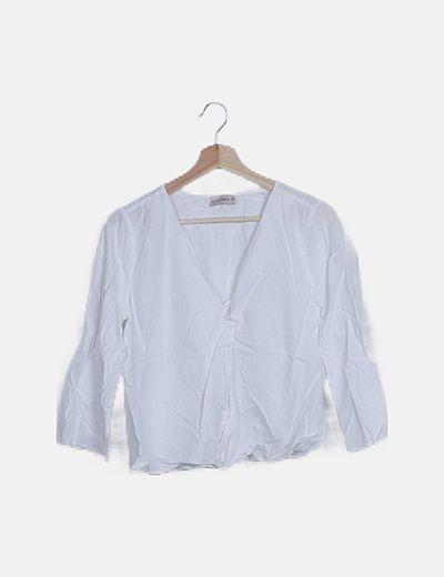 Camisa blanca escote V