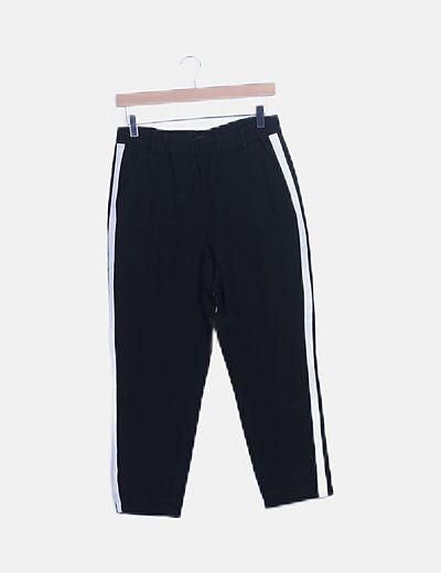 Pantalón baggy negro raya lateral