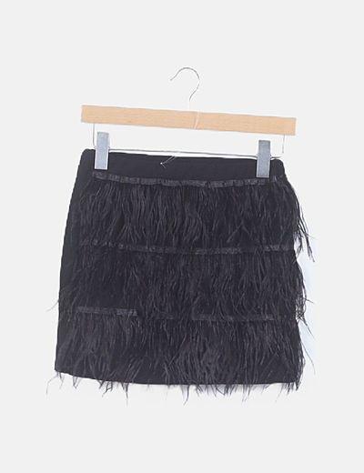 Mini falda negra plumas