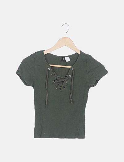 Camiseta verde ceñida laze up