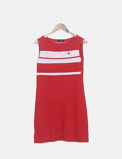 Vestido rojo con raya blanca