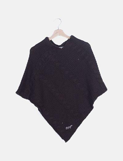 Poncho marrón tricot