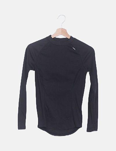 Camiseta térmica negra manga larga