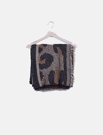 Bufanda marrón animal print