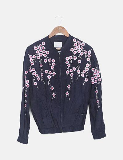 Chaqueta kimono azul marino bordado floral