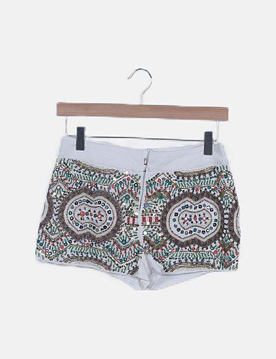 Shorts blanco pedrería