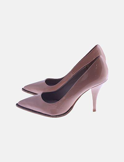 Zapato rosa efecto charol