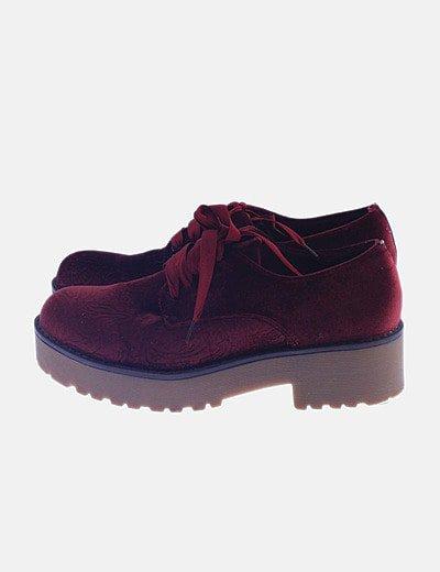 Zapato velvet granate de cordones