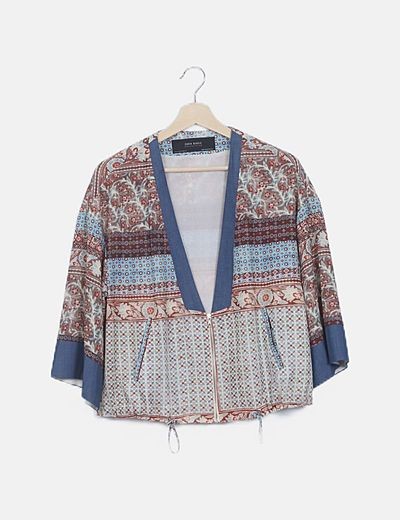 Kimono estampado con cremallera