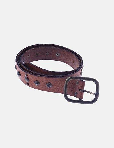 Cinturón marrón cuero detalles metálicos