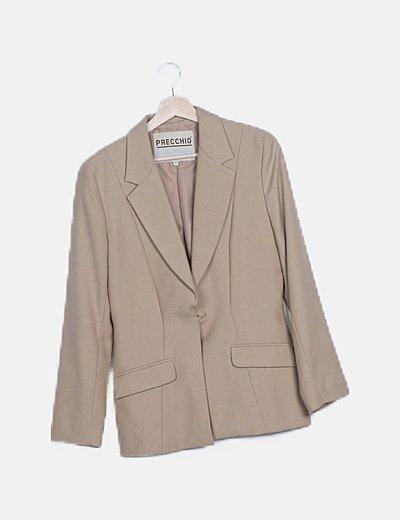 Conjunto de vestido y chaqueta beige